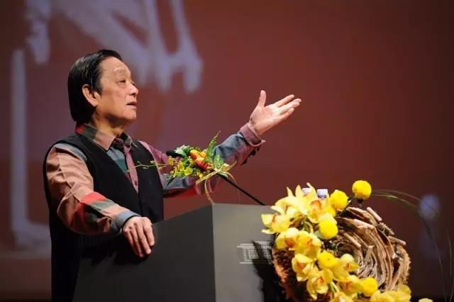 """著名艺术家韩美林最新演讲:怒批""""有的人,怎么恶心怎么画"""""""